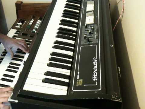IZERA : ELECTONE D-85 SYNTH.MOV