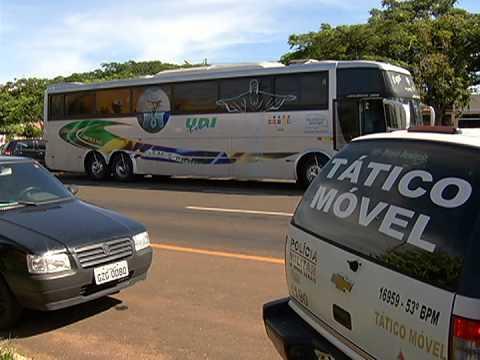 PC de Araguari apresenta suspeitos de assaltarem um ônibus na BR-050