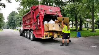 Garbage Trucks: Port Huron
