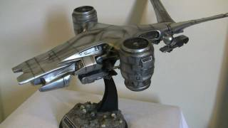 Hunter Killer - Terminator Aerial Hunter Killer Hollywood Collectibles Figure Review in HD! Part 1