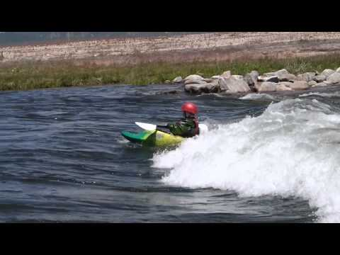 Freestyle Kayaking: How to Front Surf