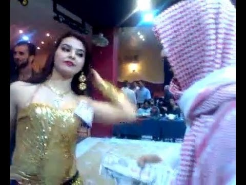 Oil sheikh throws away 2 million dollars !!!!!2M Arab mujra...