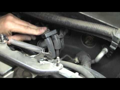 Diagnosticando y cambiando un sensor de presión de EGR DPFE de Ford con un conc