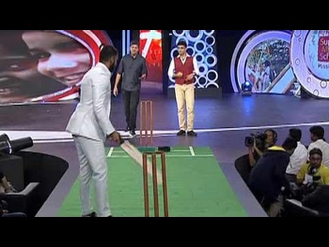Ranveer Singh challenges Dada on the pitch
