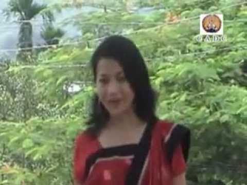 O Gaburi More Lobeni - Chakma Song video