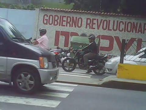 MOTORIZADOS DELINCUENTES EN CARACAS