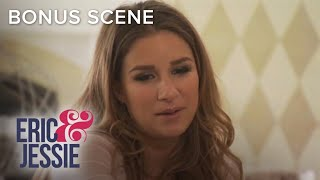 Eric Decker Bakes Cookies for Jessie | Eric & Jessie: Game On | E!