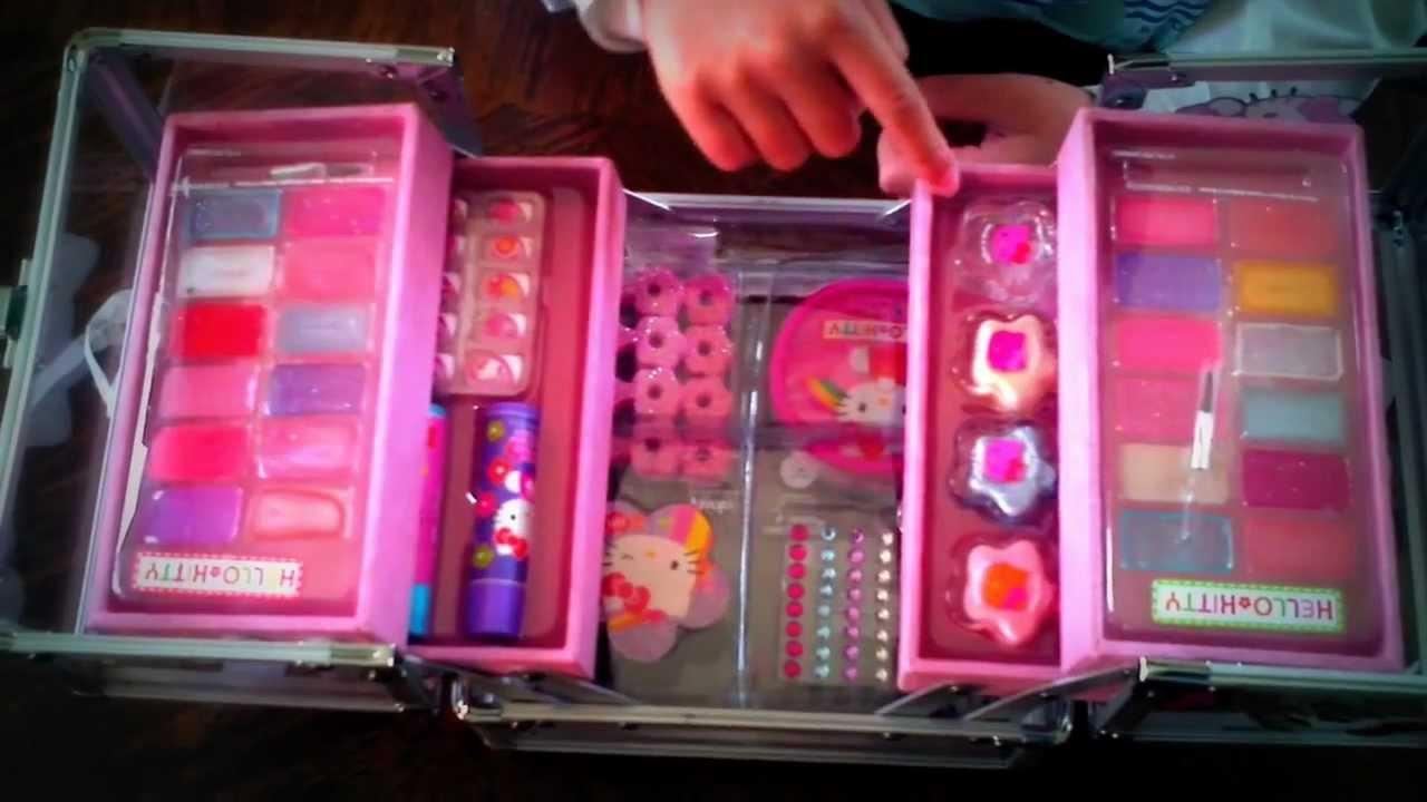 Hello Kitty Make Up Kit - YouTube