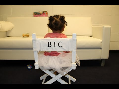 "Blue Ivy"" Carter trademarked and photographed four weeks after birth ..."
