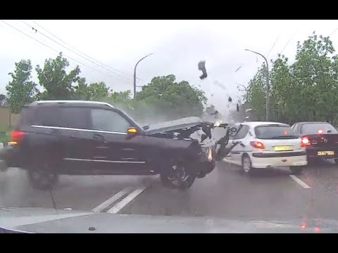 Crazy Driving in Russia May 2017 || EPIC DRIVING FAILS
