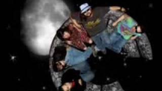 Watch Quiero Club No Remorse video
