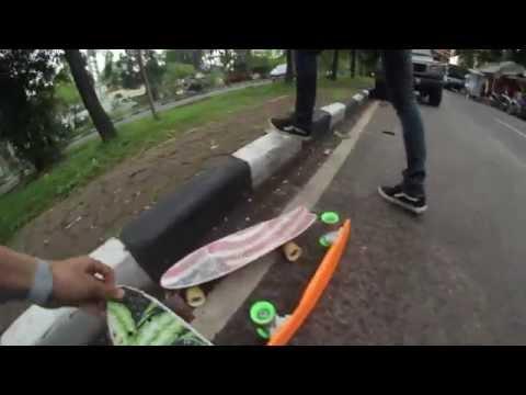 Bandung Cruising (Globe Bantam & Penny Board) Part One