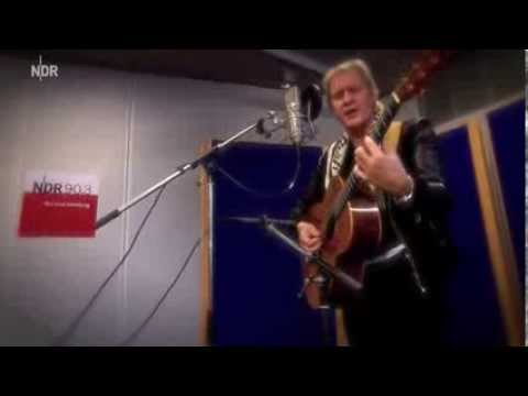 Johnny Logan - Hold Me Now (live 2013)