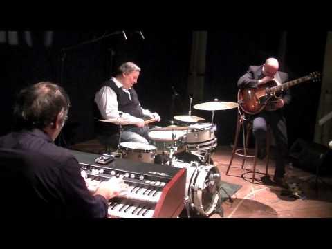 Vito Di Modugno Organ Quartet