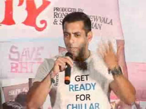 Salman Khan the Star Attraction as he Promotes 'Chillar Party'