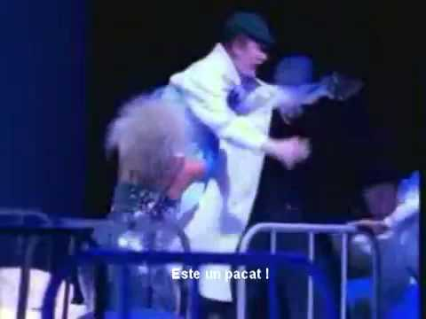 Pet Shop Boys - It's a Sin (Live Romana)