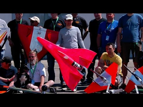 VERY VERY VERY FAST RC JET 710 KMH 440 MPH WORLDWIDE FASTEST RC MODEL JET *1080p50fpsHD*