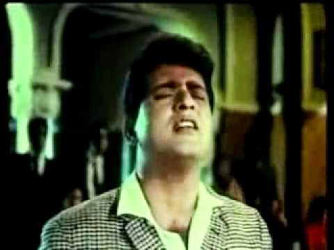 Bhari Duniya Mein Aakhir Dil video