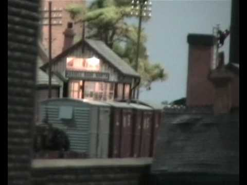 The fourth in a five part series of videos (and the first of two model railway themed videos) filmed on Saturday 15th August 2009, at the Great Garratt Gathe...