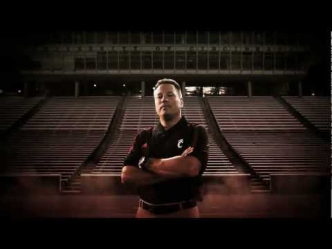 2012 Cincinnati Bearcats Take the Field Video