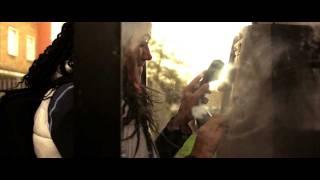 Watch Jelluzz Cold Inside video