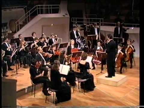 Chamber orchestra of europe for Chamber orchestra of europe