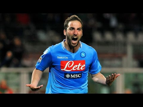 Would you like to see Gonzalo Higuain playing for Arsenal??