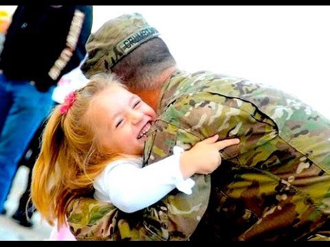 Soldier's Girlfriend Greets Military Man Heart Warming Homecoming Navy Surprise Reunion
