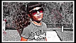 "Baby Kaely ""Play on the couch"" 6 yR OLD KID RAPPER....rihanna, nicki minaj, justin bieber"