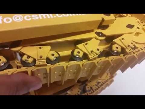 CSMI part 3 of 1/14 RC dozer review showing internals