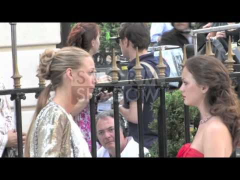 Leighton Meester and Blake Lively on the set of Gossip Girl in Paris at Avenue Montaigne
