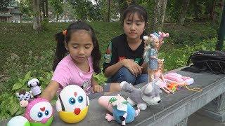 Câu Chuyện Hai Chị Em - Dạy Trẻ Biết Chia Sẻ Đồ Chơi - MN Toys Family Vlogs