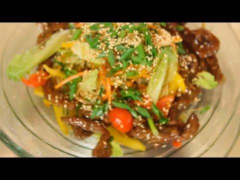 Салат с рисовой лапшой, овощами и телятиной. Рецепт от шеф-повара.
