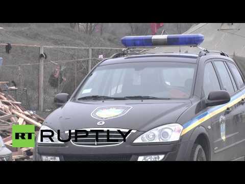 Ukraine: Border buttressed between Crimea and Ukraine