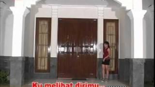 Download lagu Bukan Aku Tak Cinta gratis