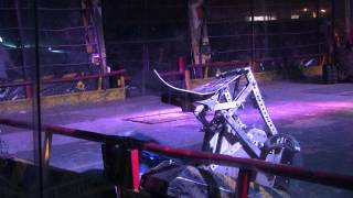 Robot Wars Gloucester 2014 - Behemoth vs Stinger vs Manta