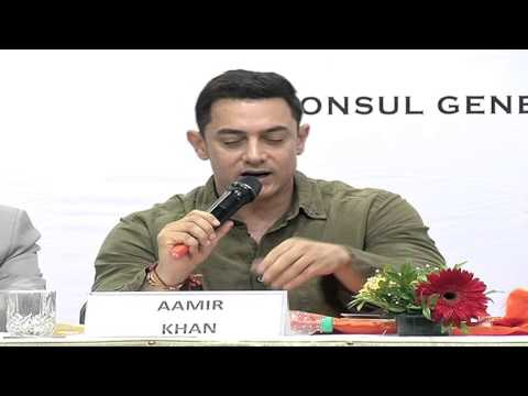 Aamir Khan At The Book Launch Of My Marathi video