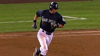 Ichiro beats Mo with a walk-off homer