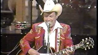 Family Reunion - Little Jimmy Dickens at the Grand Ole Opry