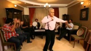 رقص زیبای آذری اکبرعبدی در شام ایرانی در حضور فیروز کریمی