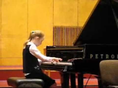 Agnieszka Noga Gra Na Fortepianie 2009r