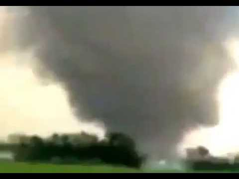 Tornado Hits Texas  RAW FOOTAGE Welcome to May 2013  Year Of The Storms