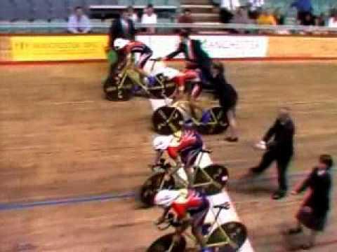 Вело спорт и Axe эффект! невозможно отпустить!