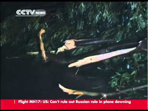 Typhoon Rammasun strikes Guangxi