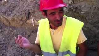 Qeribe sesler cixaran fehle Yeni Azeri prikol