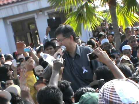 901 Anwar Ibrahim: Pemakluman keputusan kes Anwar di luar mahkamah oleh Tian Chua