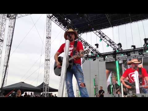 Jason Aldean - Big Green Tractor  Indy video