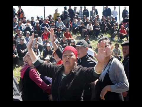 Kyrgyzstan says to hold referendum despite unrest