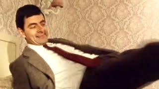Hotel Room and TV | Mr. Bean Official