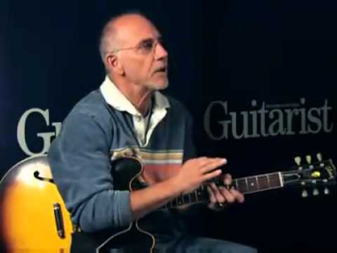 Learn Jazz&Blues with Larry Carlton - Guitar Lesson with Mr. 335